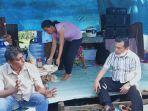 al-haris-di-tenda-pengungsi.jpg