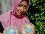 asmidar-yugita-cake-and-cookies.jpg