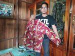 baju-batik-bermotif-kopi-liberika-khas-tanjabbar.jpg