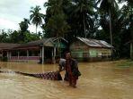 banjir-di-merangin_20180418_140506.jpg