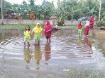 banjir-di-tanjabtim-muara-sabak-timur.jpg