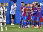 barcelona-merayakan-gol-kedua-mereka-ke-gawang-juventus-yang-dicetak-martin-braithwaite.jpg