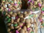 biskuit-gem-rose-di-swalayan-freshwew2.jpg