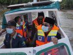 bupati-kabupaten-tanjung-jabung-barat-anwar-sadat-meluncurkan-ambulance-air.jpg