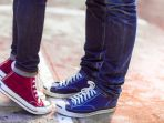 converse-ciuman-pasangan_20170909_105630.jpg