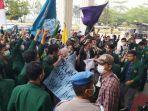 demo-mahasiswa-unbari-karhutla.jpg