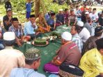 desa-pulau-buayo-potong-kambing-ritual-tolak-bala_20181010_145242.jpg