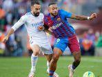 duel-pemain-barcelona-dan-real-madrid-di-laga-el-clasico-liga-spanyol.jpg
