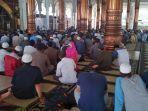 dunia-hanya-ditanganku-tabligh-akbar-jambi-mengaji-di-masjid-agung-dihadiri-ribuan-jamaah.jpg