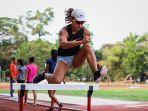 emilia-nova-pelari-indonesia-cabor-lari-gawang-sumbang-medali-emas-di-sea-games-2019.jpg