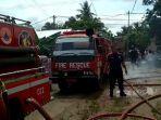 empat-unit-mobil-pemadam-kebakaran-untuk-pemadaman-di-rumah-sunarso-di-rt-01-ke.jpg