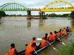 festival-beatrix-lomba-pacu-perahu-tradisional-usai-lebaran-di-sarolangun-juga-ada-panjat-pinang.jpg