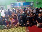 foto-bersama-anggota-forkalam-al-kahfi-dan-anak-panti-asuhan.jpg