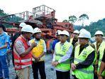 gubernur-fachrori-tinjau-pembangunan-plta-batang-merangin-di-kabupaten-kerinci.jpg