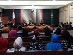 hamil-7-bulan-penesehat-hukum-ajukan-penangguhan-penahanan-istri-muslim-di-persidangan.jpg