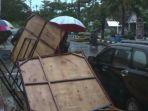 hujan-petir-disertai-angin-kencang-terjadi-di-seputaran-hotel-amaris-muara-bungo-rabu-213_20180321_205645.jpg