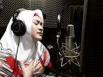 ikke-nurjanah-penyanyi-dangdut-indonesia.jpg