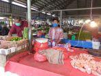 ipul-penjual-ayam-pasar-angso-duo.jpg