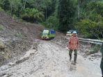 jalan-lintas-sungai-penuh-sumatera-barat-km-6-via-ta_20180419_191033.jpg