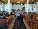 kapolres-sarolangun-akbp-sugeng-wahyudiono-monitoring-ke-beberapa-gereja.jpg