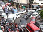kendaraan-macet-lalu-lintas.jpg