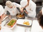 koki-chef-dapur-memasak-kuliner_20150512_135901.jpg
