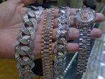 koleksi-jam-toko-emas-sumatera.jpg