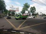 lampu-lalu-lintas-simpang-bank-indonesia-telanaipura-mati_20170709_234430.jpg