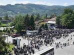 masyarakat-di-banja-luka-kota-terbesar-kedua-setelah-sarajevo-di-bosnia-herzegovina_20160509_103901.jpg