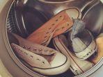 mencuci-sepatu-di-mesin_20180625_234123.jpg