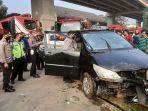 mobil-yang-kecelakaan-di-kalimalang.jpg