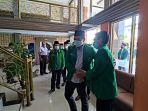muhammad-mahdan-mantan-politisi-pan-batanghari-saat-bersama-fadhil-arief-ketua-dpd-ppp.jpg