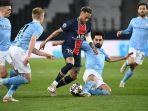 neymar-dikeroyok-pemain-manchester-city-psg-kandas-dengan-skor-1-2-pada.jpg