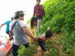 nyaris-hanyut-dan-tenggelam-di-sungai-batang-merangin-lima-remaja-diselamatkan-anggota-mapala.jpg