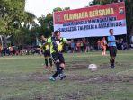 pangdam-iisriwijaya-bermain-sepakbola.jpg