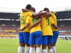 para-pemain-brasil-merayakan-gol-yang-dicetak_20180611_091239.jpg