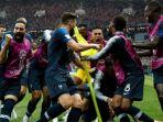 para-pemain-prancis-merayakan-gol-paul-pogba-ke-gawang-kroasia_20180716_001048.jpg