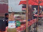 pedagang-babi-di-jalan-gereja-kelurahan-aek-nauli-kecamatan-siantar-selatan.jpg