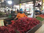pedagang-cabai-merah-di-pasar-angso-duo.jpg