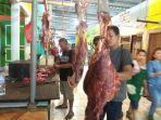 pedagang-daging-sapi-di-pasar-angso-duo.jpg