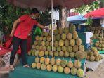 pedagang-durian-kota-jambi.jpg