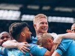 pemain-manchster-city-merayakan-gol.jpg