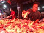 penjual-ayam-di-pasar-tanggo-rajo-tungkal-ilir.jpg