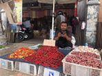 penjual-cabai-di-pasar-simpang-pulai.jpg