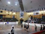 pertandingan-basket-gubernur-cup-di-gor-kotabar_20180112_161330.jpg