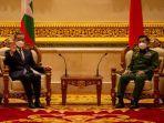 pertemuan-menlu-china-wang-yi-dengan-pemimpin-militer-myanmar-min-aung-hlaing.jpg