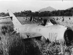 pesawat-tempur-yang-digunakan-untuk-percobaan-pembunuhan-soekarno_20181021_201747.jpg