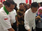 presiden-jokowi-dan-usman-ermulan_20180704_214927.jpg