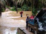 puluhan-rumah-di-desa-kehidupan-baru-maro-sebo-ilir-terdampak-banjir.jpg