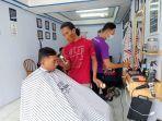 ramadhan-berkah-pangkas-rambut-gaya-suka-suka-dan-bayar-suka-suka-di-imam-barber.jpg